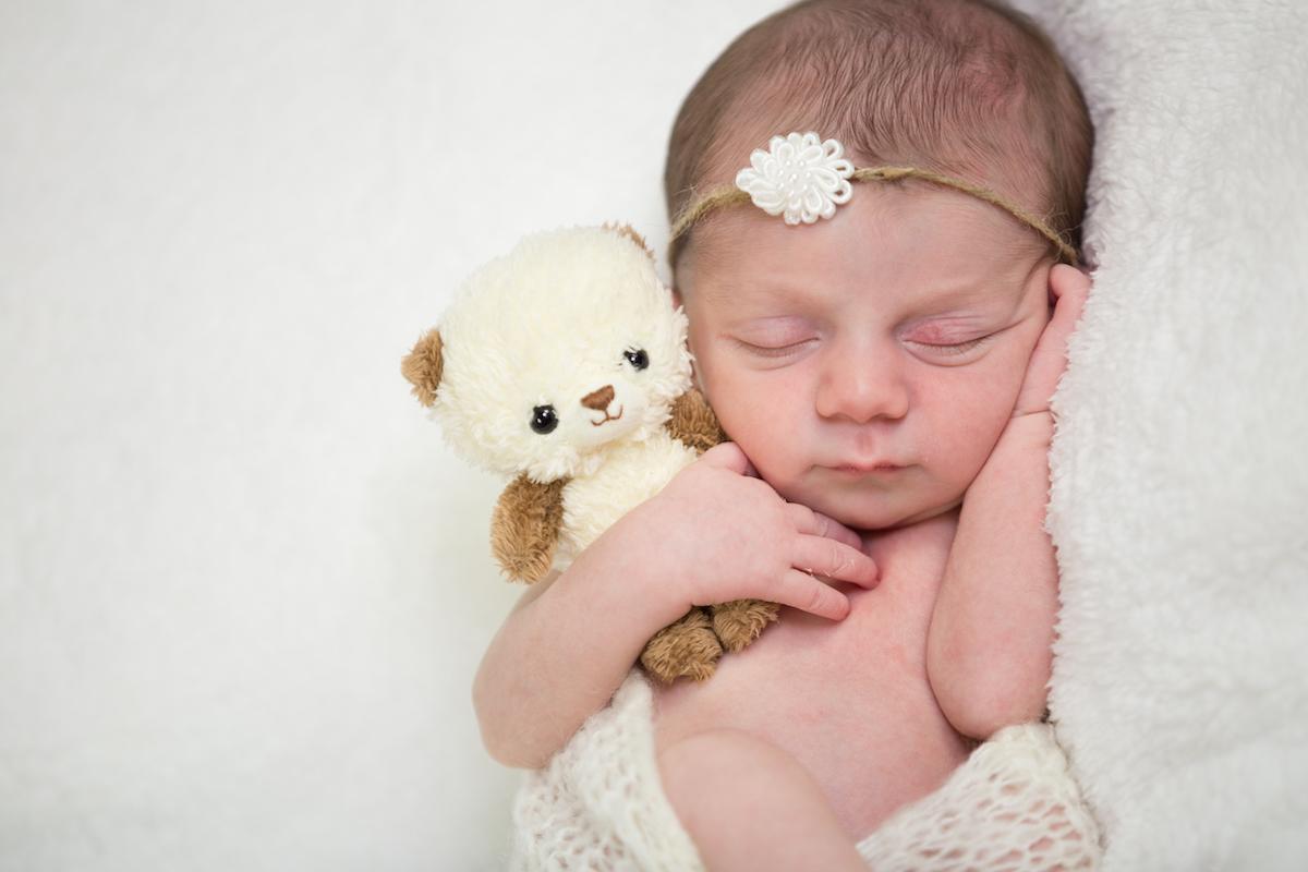 Rubina_Rafi_Newborn-9414